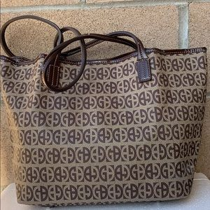 Giani Bernini Bags - Giani Bernini Signature Print Tote Handbag